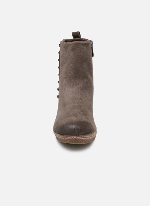 Ankle boots Marco Tozzi 2-2-25458-21  325 Brown model view