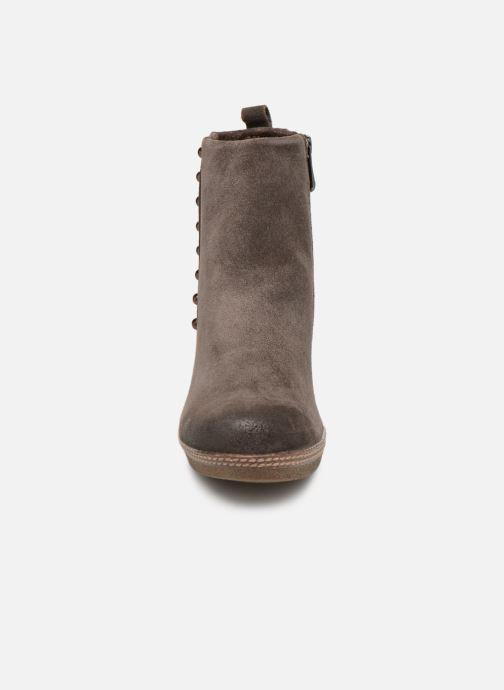 Boots en enkellaarsjes Marco Tozzi 2-2-25458-21  325 Bruin model