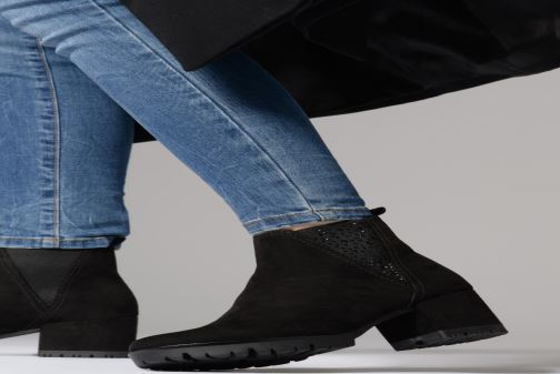 Ankle boots Marco Tozzi 2-2-25462-21  001 Black view from underneath / model view