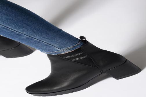 Stiefeletten & Boots Marco Tozzi 2-2-25857-31  096 schwarz ansicht von unten / tasche getragen
