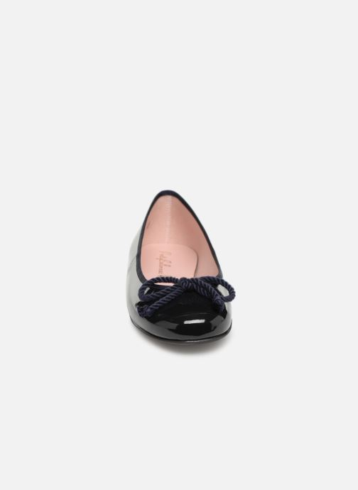 Ballerines Pretty Ballerinas Rosario Shade Bleu vue portées chaussures