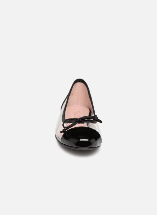 Ballerines Pretty Ballerinas 42634 Noir vue portées chaussures