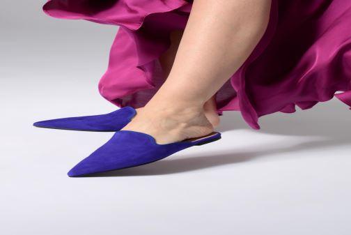 Mules et sabots Pretty Ballerinas 46998 Bleu vue bas / vue portée sac