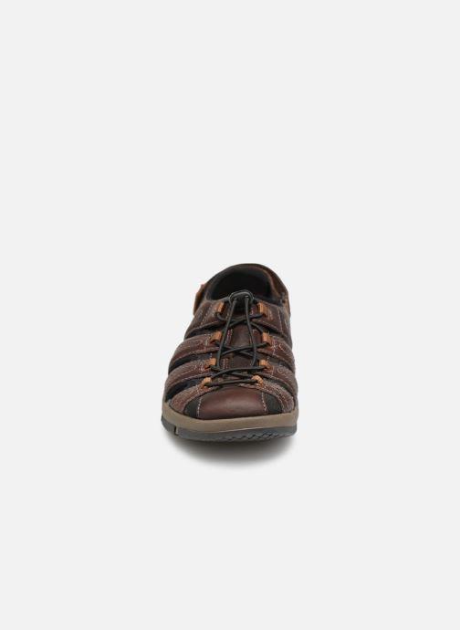 Sandales et nu-pieds Clarks BRIXBY COVE Marron vue portées chaussures