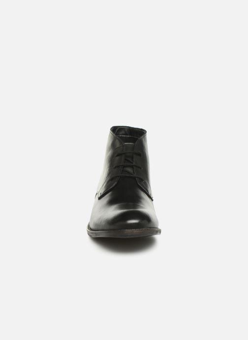 Boots en enkellaarsjes Clarks FLOW TOP Zwart model