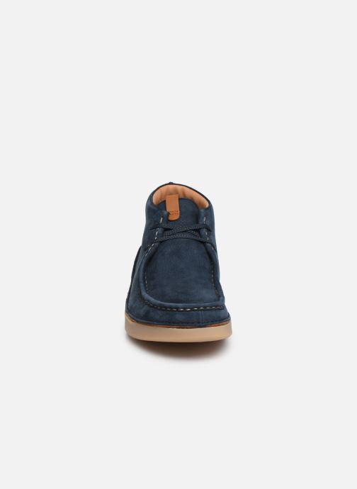 Bottines et boots Clarks OAKLAND MID Bleu vue portées chaussures