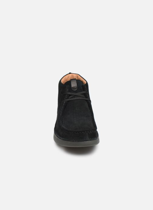 Ankle boots Clarks OAKLAND MID Black model view