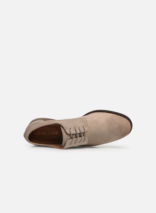 Lace-up shoes Clarks FLOW PLAIN Beige view from the left