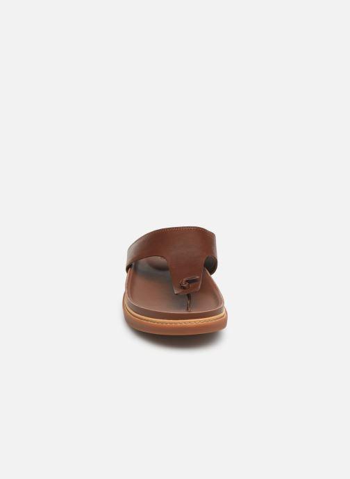 Tongs Clarks TRACE SAND Marron vue portées chaussures