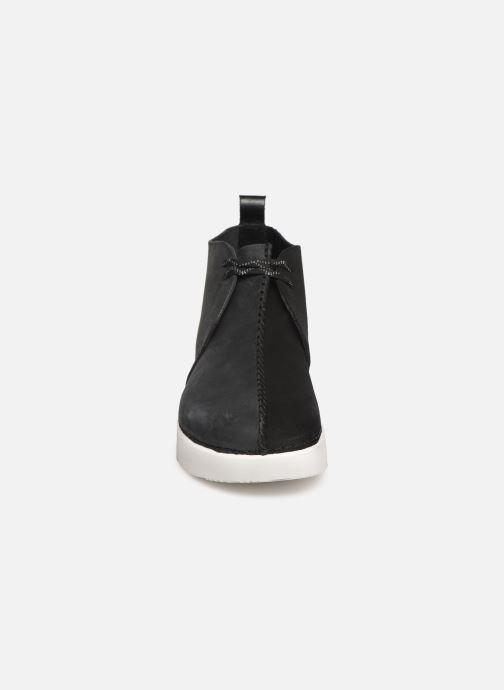Bottines et boots Clarks Originals TREK HEIGHTS Noir vue portées chaussures