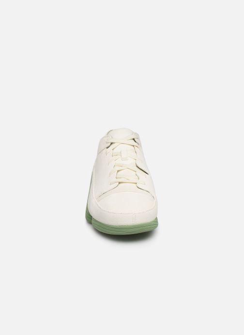 Baskets Clarks Originals TRIGENIC EVO Blanc vue portées chaussures