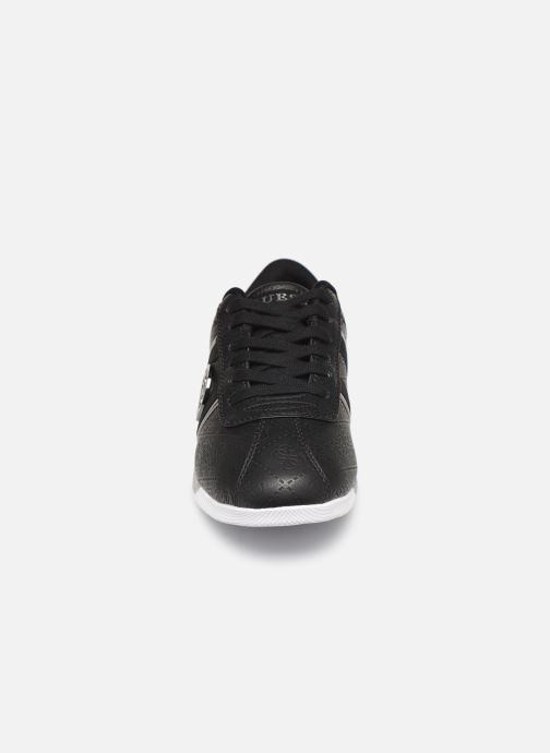 Sneaker Guess RYLINN schwarz schuhe getragen