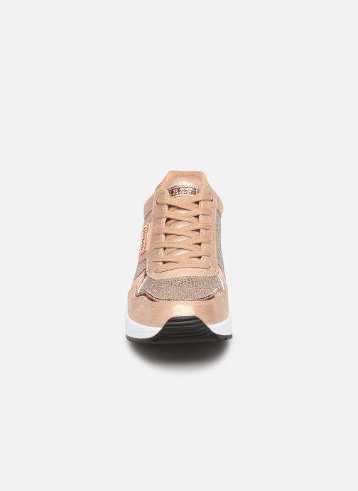 Sneaker Guess JANEET gold/bronze schuhe getragen
