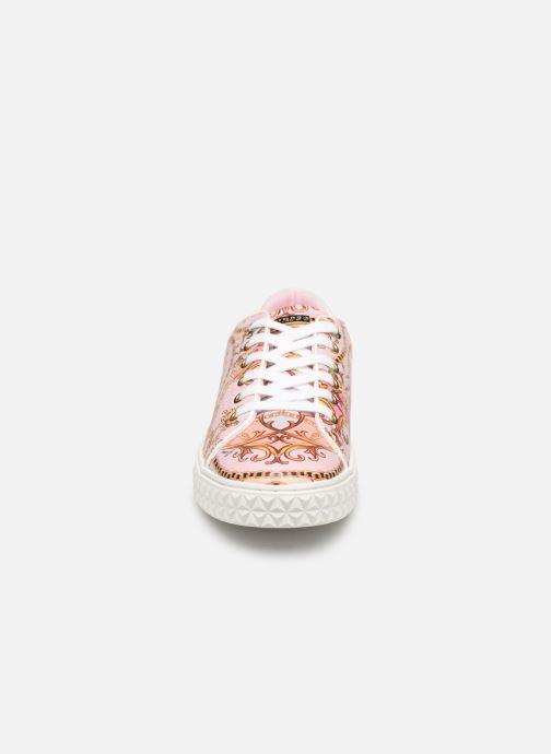 Sneaker Guess PARLAY5 mehrfarbig schuhe getragen