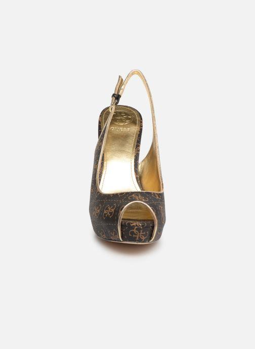 Escarpins Guess HARTLIA Marron vue portées chaussures