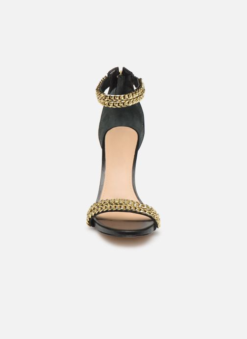 Sandalen Guess THADDEA2 schwarz schuhe getragen