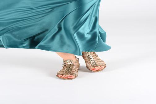 Sandales et nu-pieds Guess RENATA3 Or et bronze vue bas / vue portée sac