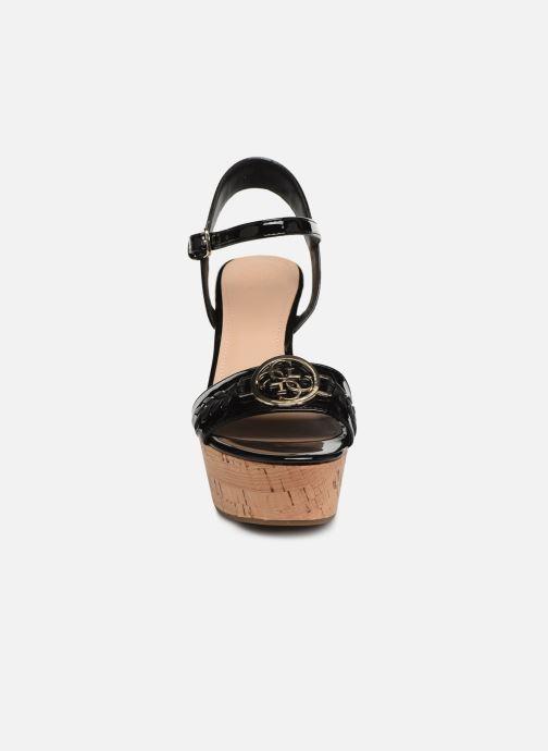 Sandalen Guess GESINA2 schwarz schuhe getragen