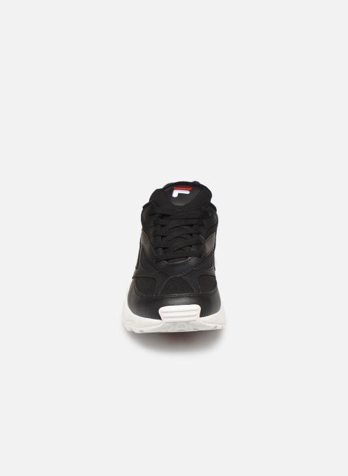Baskets FILA Venom Low Noir vue portées chaussures