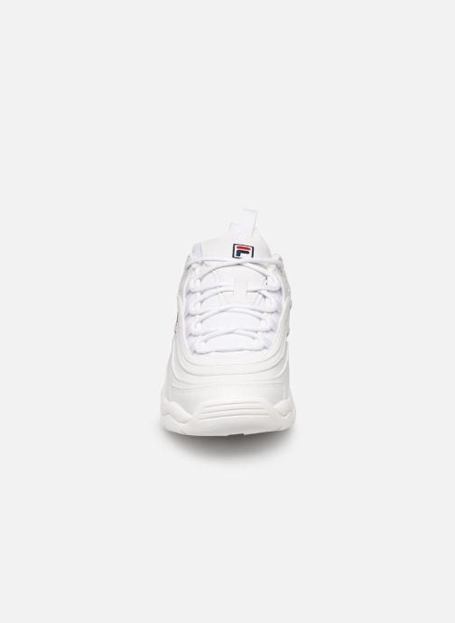 Baskets FILA Ray Low Wmn Blanc vue portées chaussures