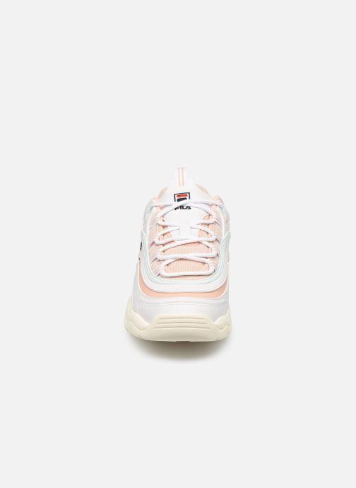 Baskets FILA Ray Low Wmn Beige vue portées chaussures