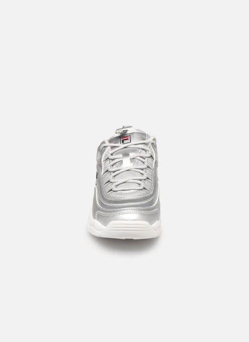 Sneakers FILA Ray F Low Wmn Sølv se skoene på