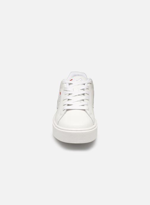 Baskets FILA Overstate L Low Wmn Blanc vue portées chaussures