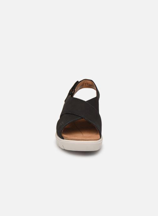 Sandali e scarpe aperte Clarks Unstructured UN KARELY SUN Nero modello indossato