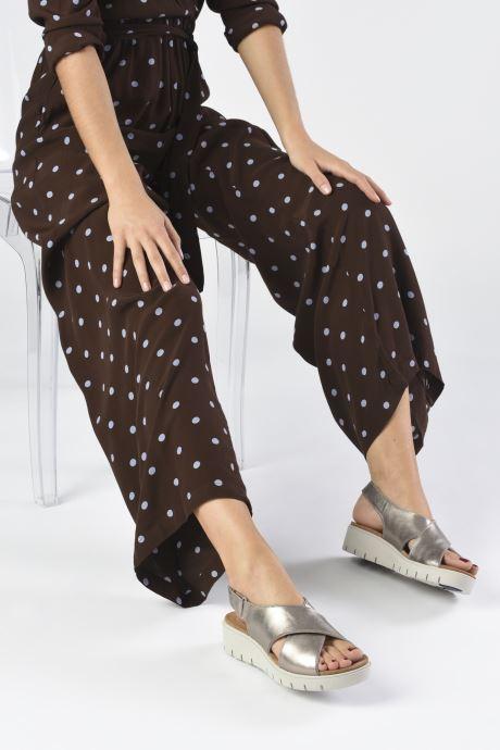 Sandales et nu-pieds Clarks Unstructured UN KARELY SUN Argent vue bas / vue portée sac