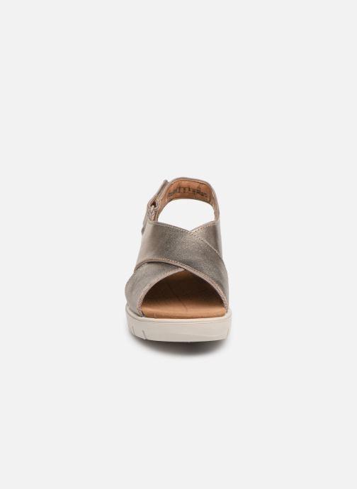 Sandales et nu-pieds Clarks Unstructured UN KARELY SUN Argent vue portées chaussures