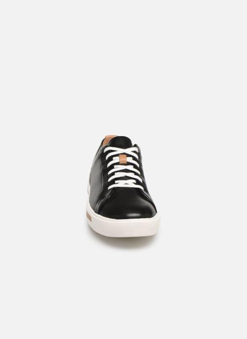 Baskets Clarks Unstructured UN MAUI LACE Noir vue portées chaussures