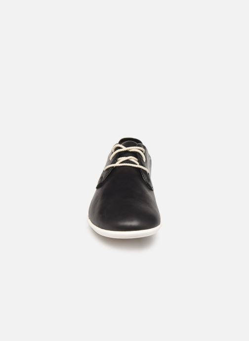 Lace-up shoes Clarks Unstructured UN CORAI LACE Black model view