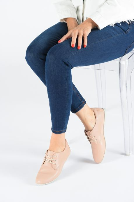 Lace-up shoes Clarks Unstructured UN CORAL LACE Pink view from underneath / model view