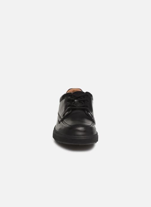 Sneaker Clarks Unstructured UN ADOB EASE schwarz schuhe getragen