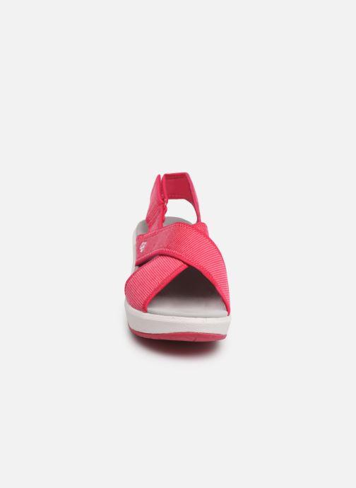 Sandales et nu-pieds Cloudsteppers by Clarks Step Cali Cove Rose vue portées chaussures