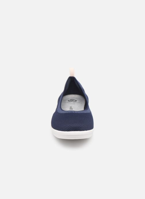 Ballerine Cloudsteppers by Clarks Ayla Paige Azzurro modello indossato