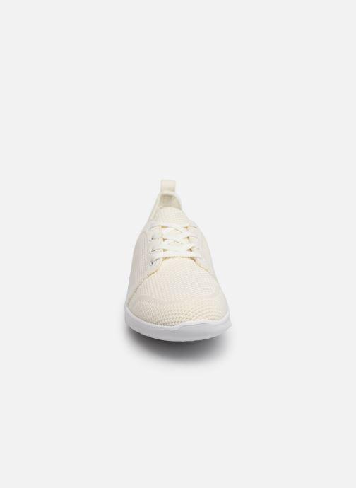 Sneaker Cloudsteppers by Clarks Step Allena Sun weiß schuhe getragen