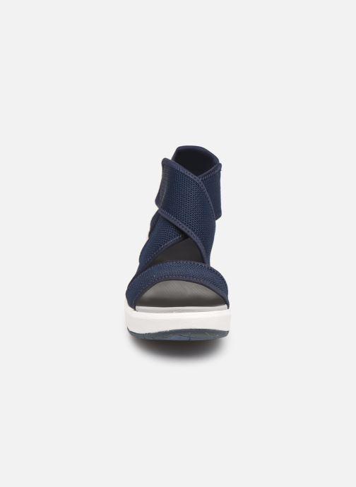 Sandales et nu-pieds Cloudsteppers by Clarks Step Cali Palm Bleu vue portées chaussures