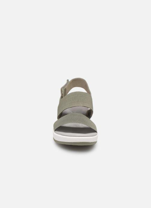 Sandales et nu-pieds Cloudsteppers by Clarks Arla Jacory Vert vue portées chaussures