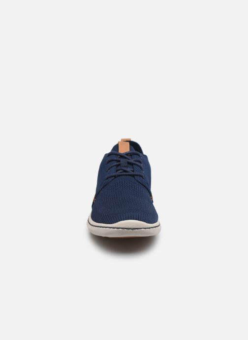 Sneakers Cloudsteppers by Clarks Step Urban Mix Azzurro modello indossato