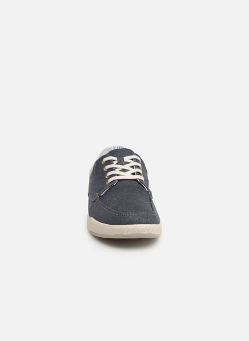 Deportivas Cloudsteppers by Clarks Step Isle Lace Azul vista del modelo