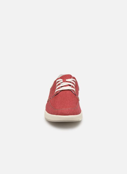 Baskets Cloudsteppers by Clarks Step Isle Lace Rouge vue portées chaussures