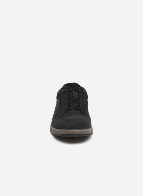 Baskets Clarks Unstructured UN TRAIL FORM Noir vue portées chaussures