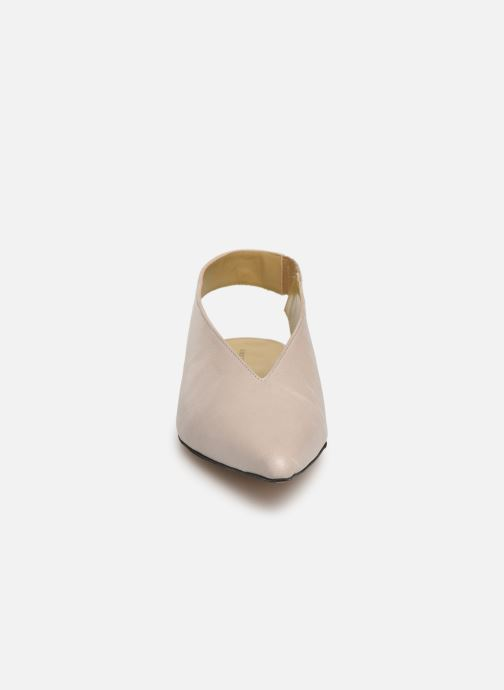 Ballerines Another Project Beth Beige vue portées chaussures