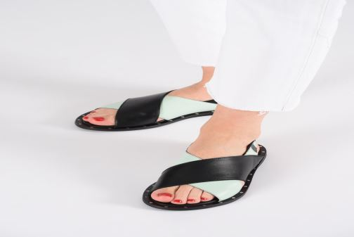 Sandals Another Project Ellye Black view from underneath / model view