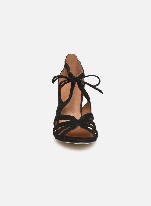 Sandales et nu-pieds Georgia Rose Espera Noir vue portées chaussures