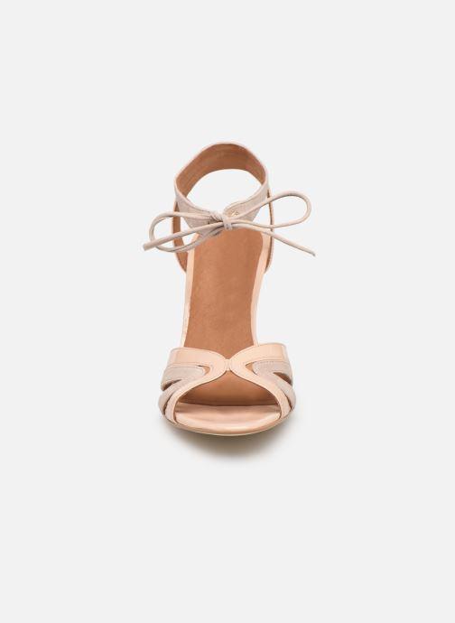 Sandales et nu-pieds Georgia Rose Eurydice Beige vue portées chaussures