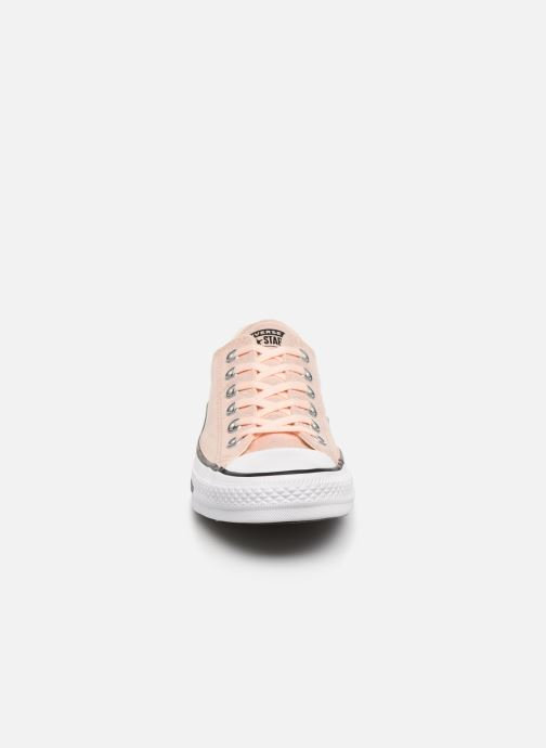 Baskets Converse Chuck Taylor All Star Twilight Court Ox Rose vue portées chaussures