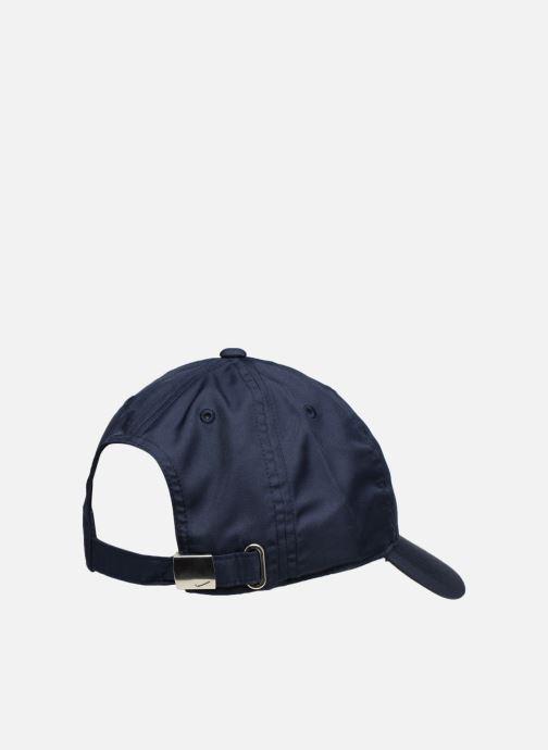 Kappe Nike Nike Metal Swoosh JUNIOR blau schuhe getragen