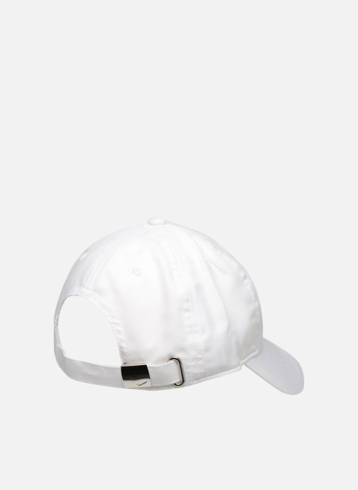 Kappe Nike Nike Metal Swoosh JUNIOR weiß schuhe getragen